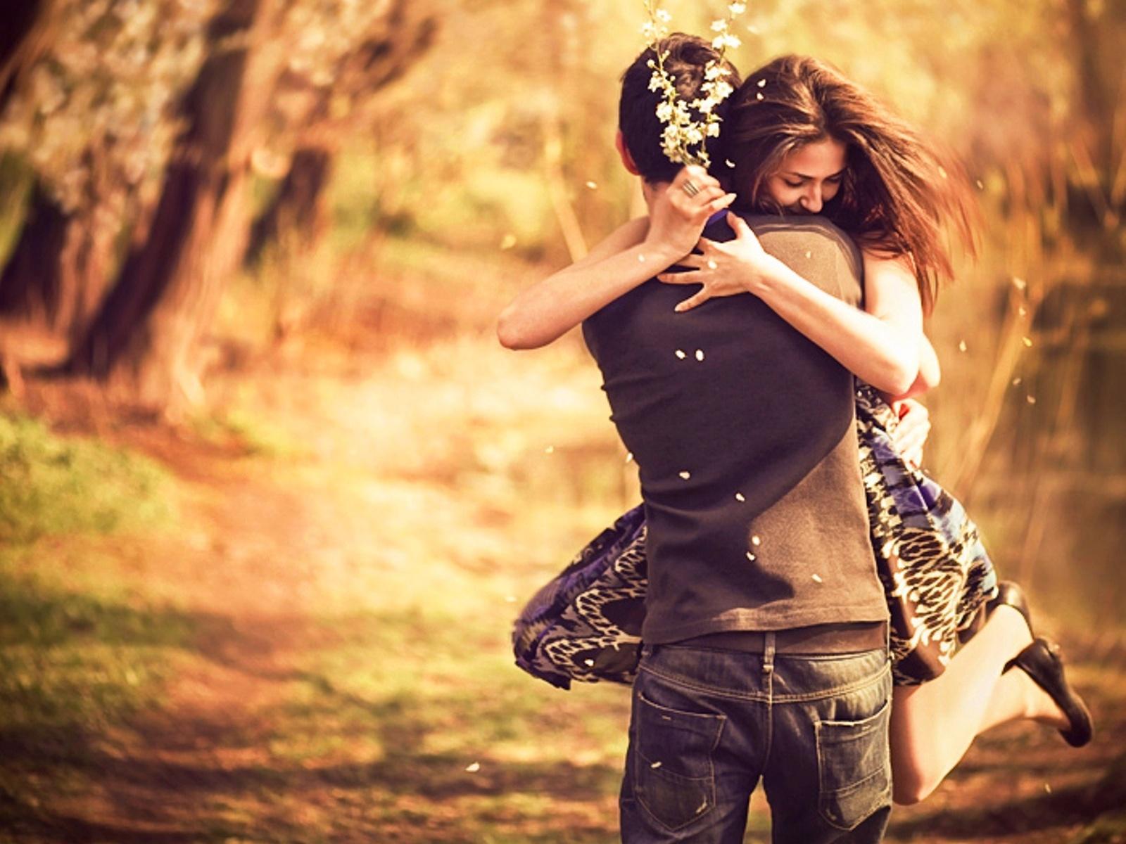 Признаки девушка влюблена 25 фотография